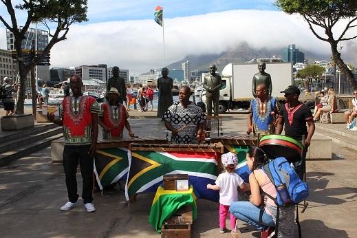 <南アフリカワイン旅行記>南アの文化-言葉について-_b0016474_19140804.jpg