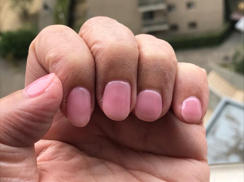 桜色のネイルを塗った日に_f0378589_22205407.jpg
