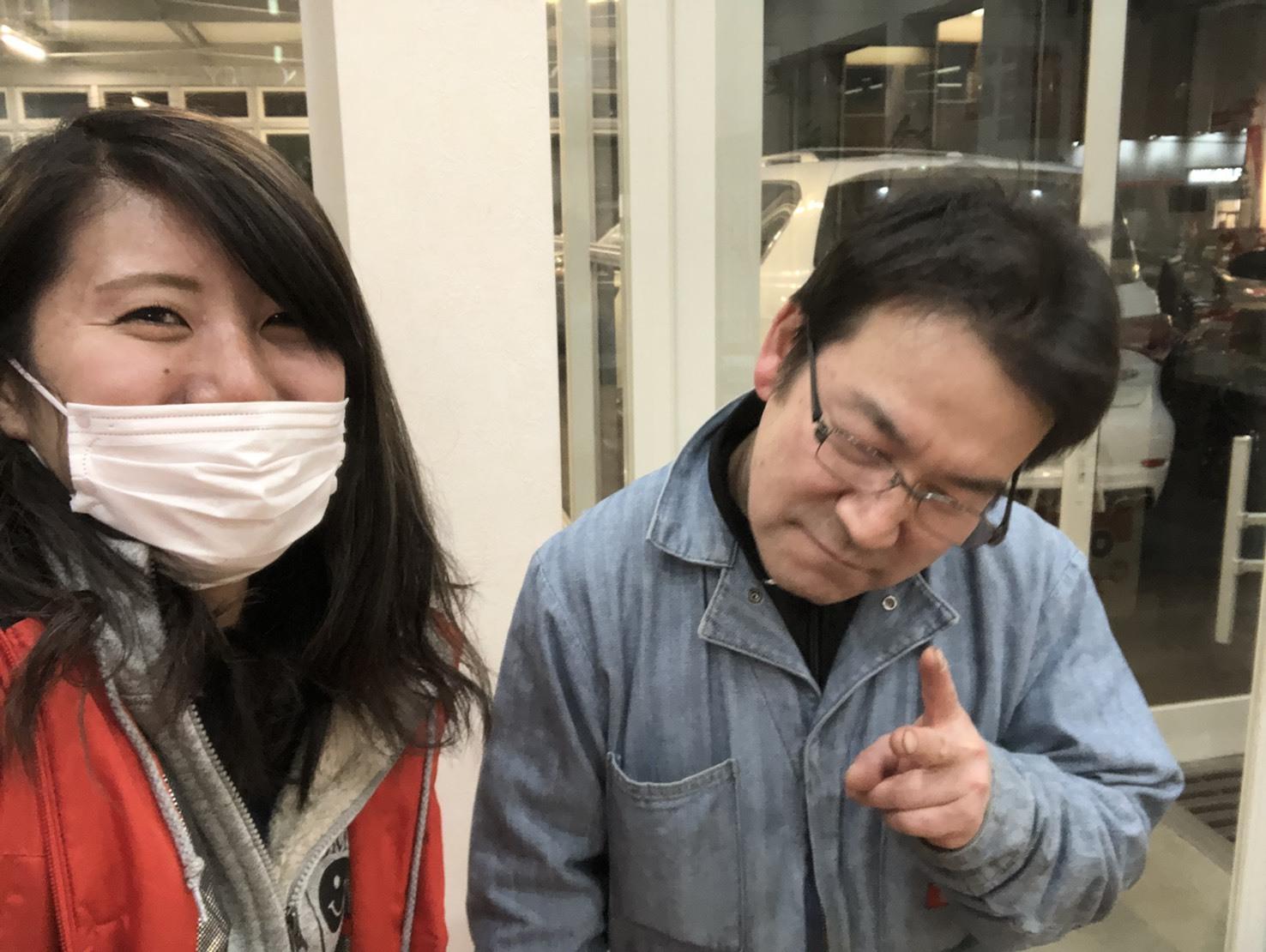 3月29日(金)本店ブログ☆カマロあります(゜゜)*レクサス ハマー ランクル 多数取り扱い☆ローンサポート_b0127002_17380085.jpg