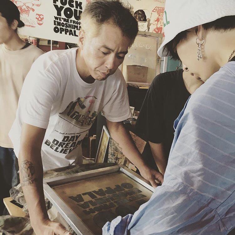 4月13日 江の島オッパーラが贈るレコード&古着のフリーマーケット開催!KZA/MISTA SHAR/太平洋商店/SG THE KOOLEST オッパーラはシルクスクリーン手刷りで参加!_d0106911_21552121.jpg