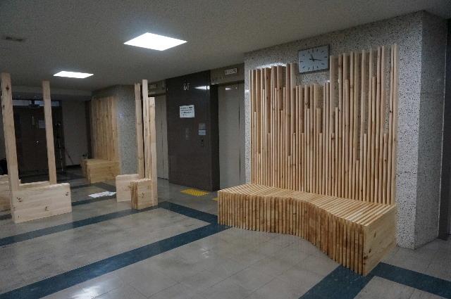 岩手県庁6階 木質化実証実験 ②_f0105112_04584815.jpg