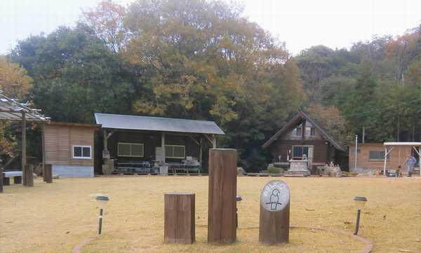 「小鳥の森キャンプ場」もうすぐオープン!_e0122219_21392607.jpg