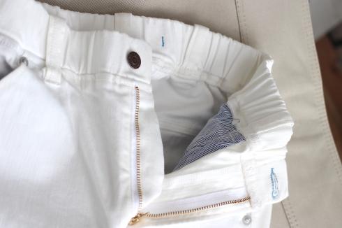 今年のホワイトパンツは楽々仕立て・・・でも張り感もあるんです♪_d0108933_18480703.jpg