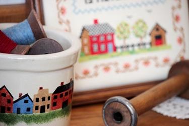 カントリーハウスのクロックと刺繍フレーム_f0161543_17105729.jpg