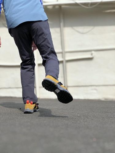 #styles -COOLER ST TRAVEL PANTS-_d0227059_18440992.jpg