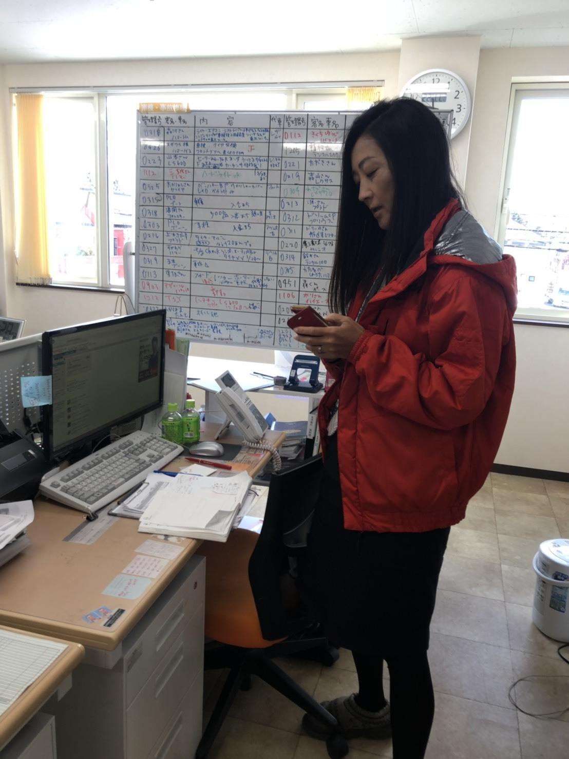 3月30日(土)本店ブログ☆ランボルギーニウルス到着♡ランクル ハマー レクサス☆ローンサポート_b0127002_15120701.jpg