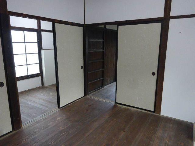 加賀野 古家改修工事 進行中。_f0105112_04565182.jpg