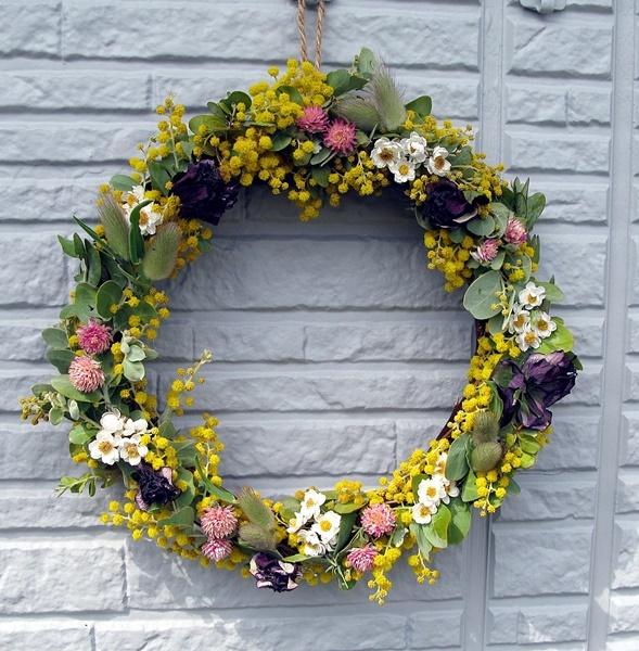 自家製花材で春のリース作り_f0129726_18465691.jpg