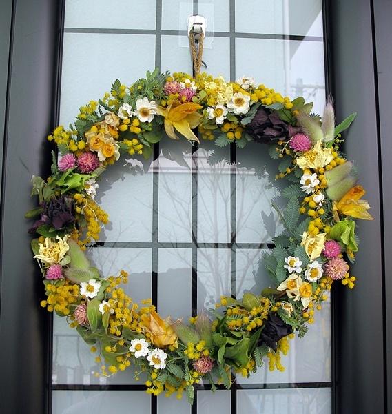 自家製花材で春のリース作り_f0129726_18534403.jpg