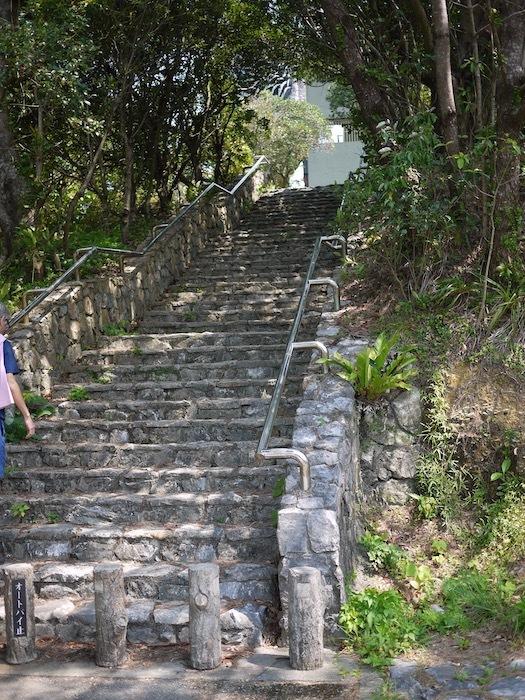 沖縄本島北へゆく旅5 比地の神アシャギ_e0359436_13315471.jpg