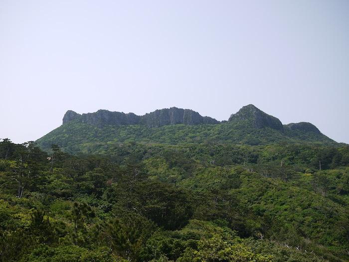 沖縄本島北へゆく旅5 比地の神アシャギ_e0359436_13321130.jpg