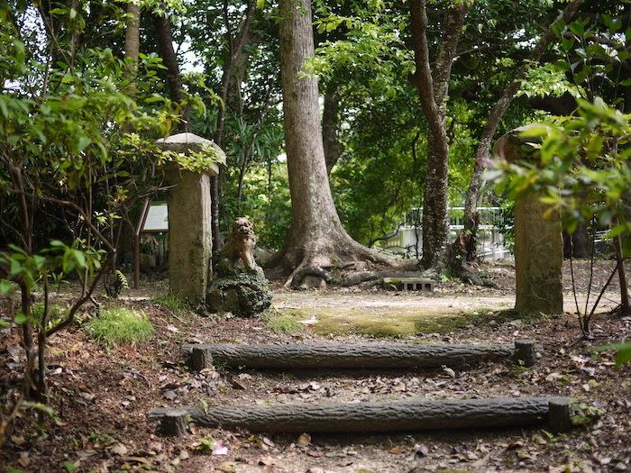 沖縄本島北へゆく旅5 比地の神アシャギ_e0359436_13435098.jpg