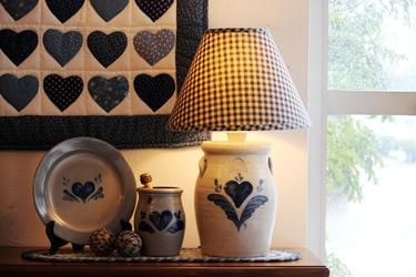 Rowe Pottery の大きなハートのランプ♥_f0161543_15423060.jpg