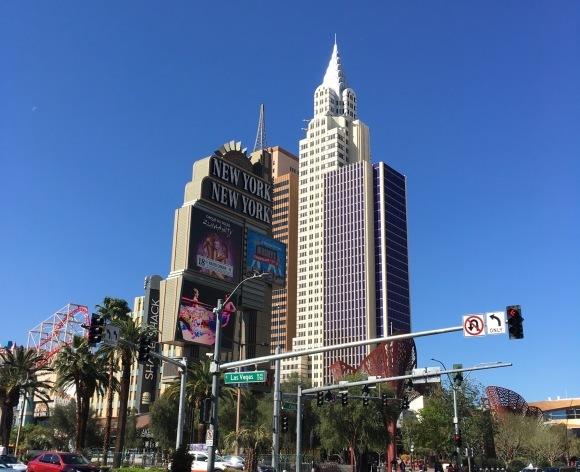 ラスベガスへの旅-ストリップを歩く_e0350971_23331326.jpeg