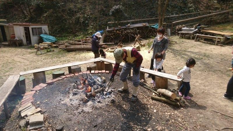 地域の子供達の里山体験_c0239329_07005213.jpg