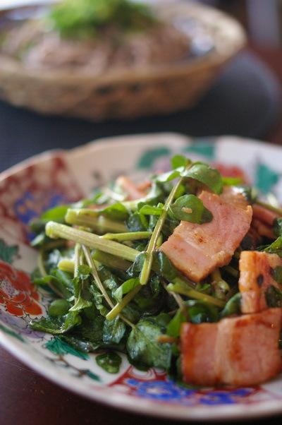 肉ざる蕎麦がメインの夕食_d0327373_07420742.jpg