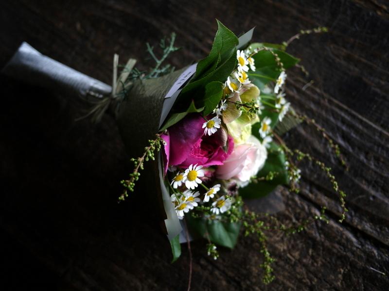 退職される方へ。平岸6にお届け③。「花束。女性へ。ピンク系」。2019/03/29。_b0171193_18130429.jpg
