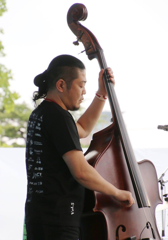 広島 Jazzlive Cominジャズライブカミン   本日18日水曜日のライブ_b0115606_10415415.jpeg