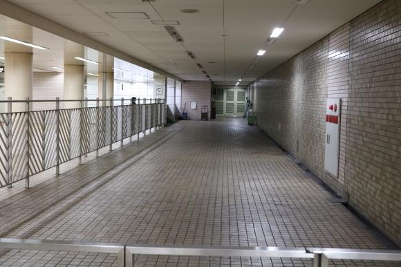 マツダビル地下食堂街 (大阪府旭区)_c0001670_20443307.jpg