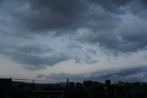 朝歌4月1日_c0169176_08153817.jpg
