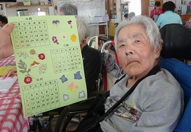 園芸療法の時間にカレンダーを作りました_d0163307_10474918.jpg