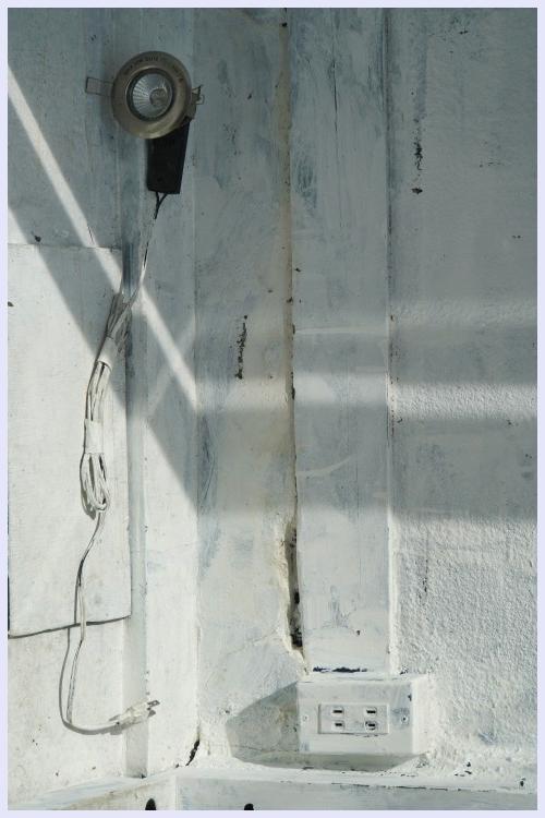 ■ 窓の内側_b0148920_19190097.jpg