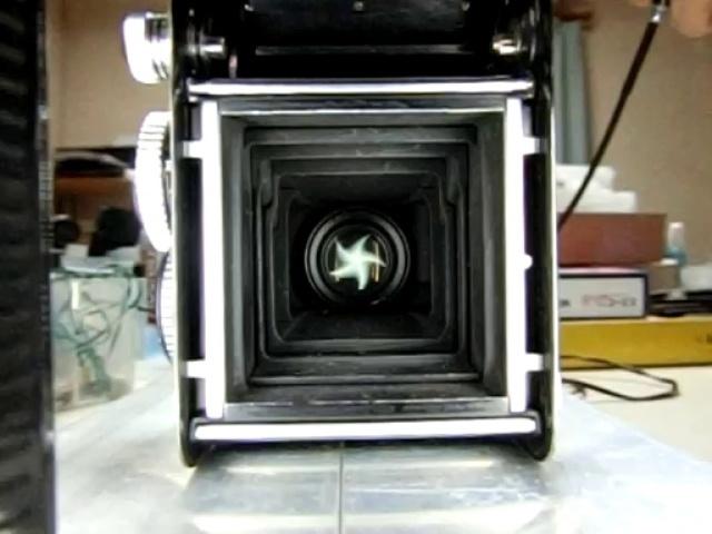 レンズシャッターのメンテナンス:デジカメの動画撮影でシャッター速度を測定 by 3dcam_d0138130_00304940.jpg