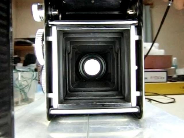 レンズシャッターのメンテナンス:デジカメの動画撮影でシャッター速度を測定 by 3dcam_d0138130_00335183.jpg