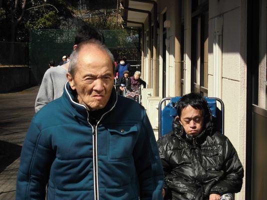 4/2 朝の散歩_a0154110_10314392.jpg