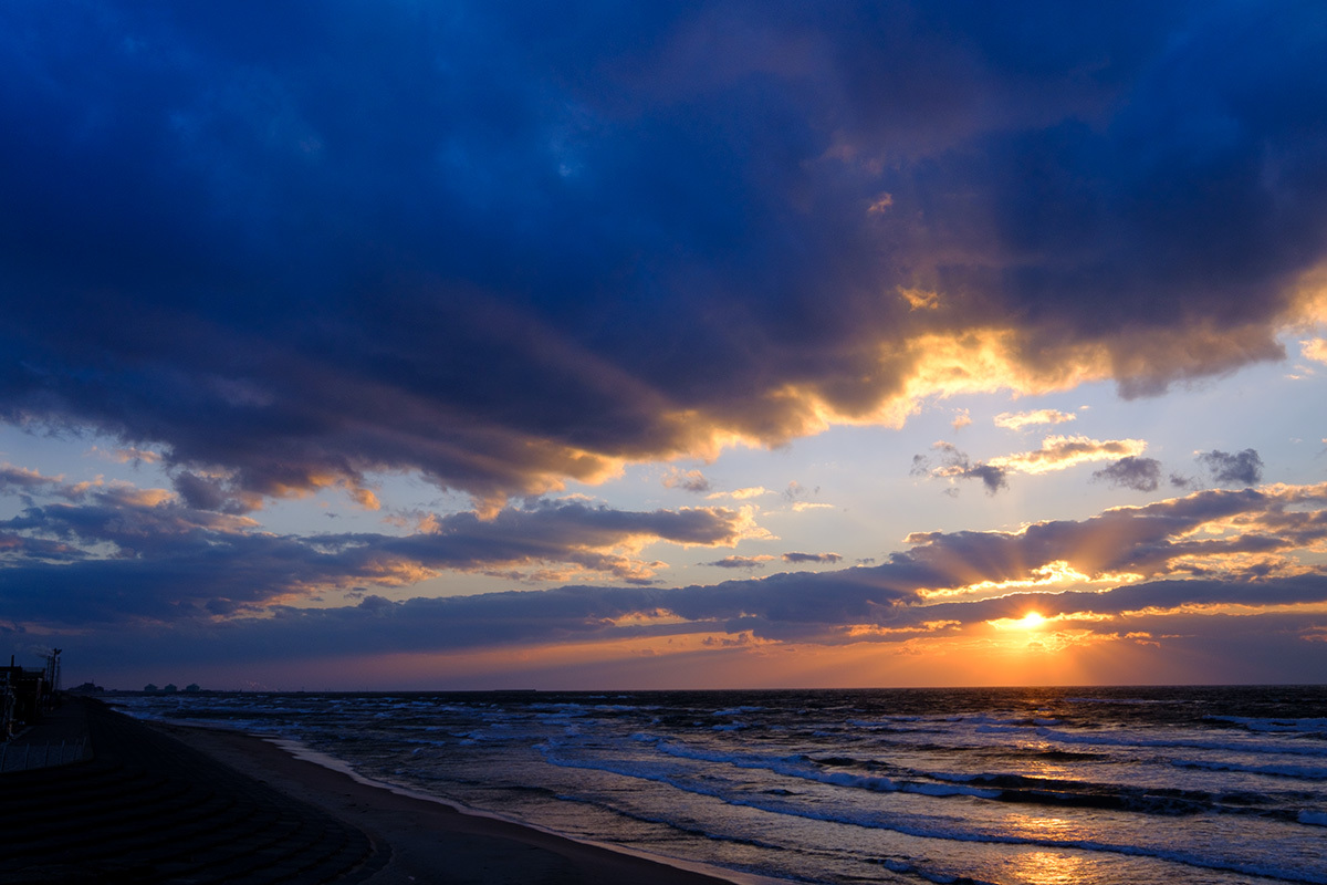 X-T30 見参 そのIV 寒さで凍えながら撮っていた浜辺の風景 #FUJIX-T30_c0065410_21585152.jpg