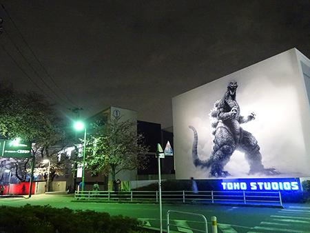 東宝スタジオの桜ライトアップ 2019_f0097523_17053037.jpg