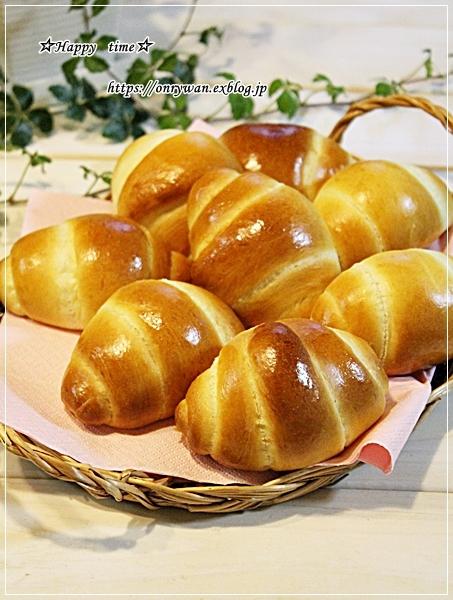 炊き込みご飯・アスパラ肉巻き弁当とパン焼き・バターロール♪_f0348032_18443507.jpg