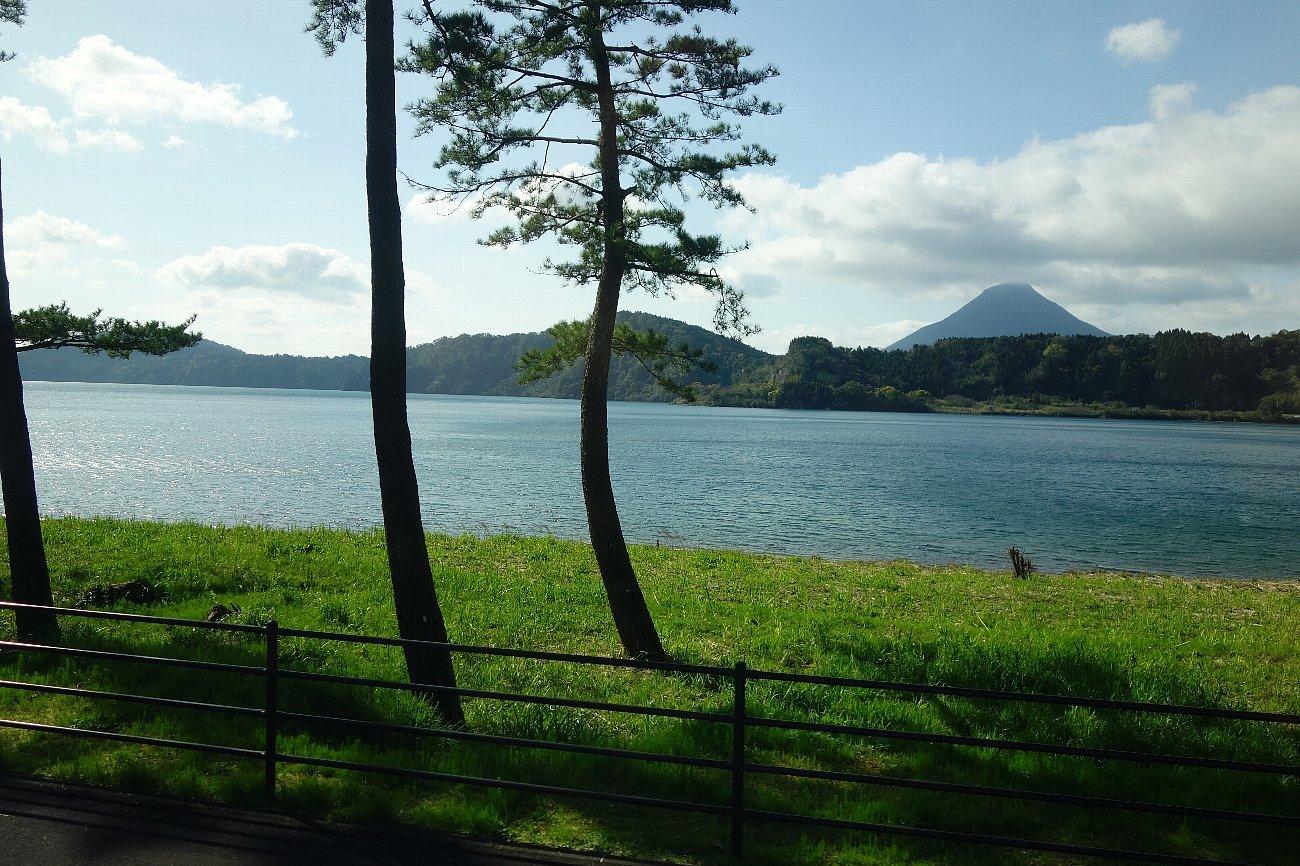 池田湖とイッシー_c0112559_08074933.jpg