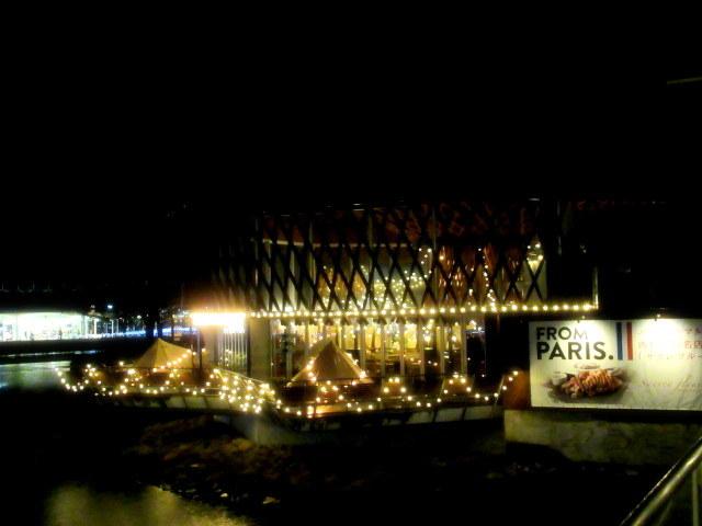 サクレフルール 軽井沢 * グランピング気分が楽しめるパリ発の肉ビストロがNewOpen!_f0236260_01022982.jpg