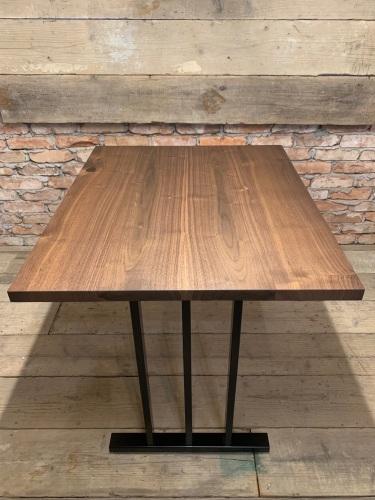 CAFE TABLE_c0146581_20260505.jpg