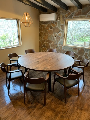 CAFE TABLE_c0146581_20281886.jpg