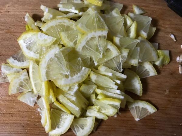 塩レモンを作ります、レモンの花が開きました。_e0397389_17041949.jpeg