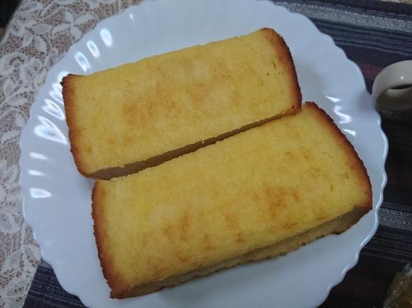 4/4 ヤマザキ こだわりソースの焼きそばパン & 敷島製パン 厚ぎりフレンチ_b0042308_22102979.jpg
