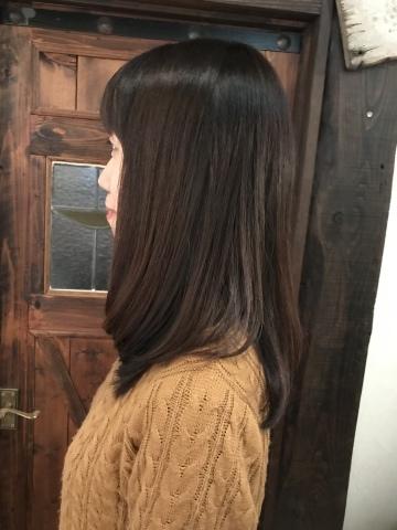 女子艶髮ロング_a0123703_17380659.jpeg