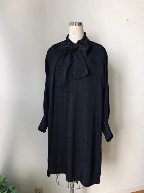 着物リメイク・綸子の羽織からリボンタイのワンピ_d0127925_14593363.jpg