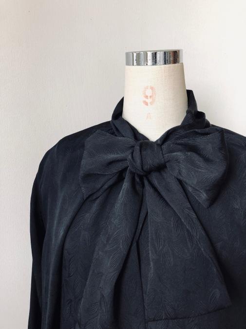 着物リメイク・綸子の羽織からリボンタイのワンピ_d0127925_14593707.jpg
