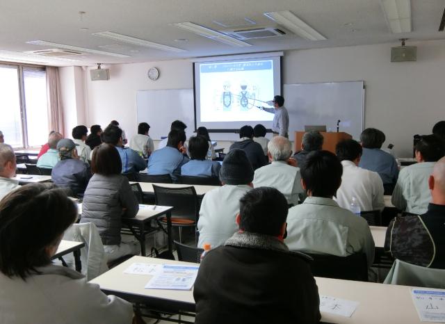 フルハーネス型墜落制止用器具特別教育in岡山_b0001143_15275471.png