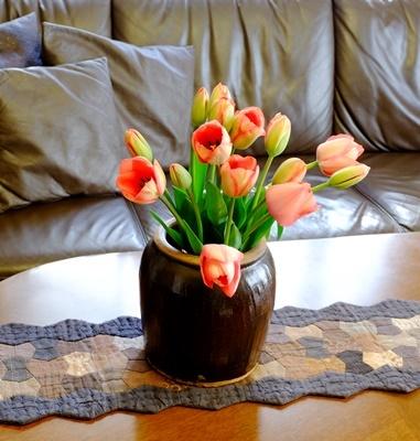 春ですね♪スプリングコートとチューリップ_b0194861_19010298.jpg