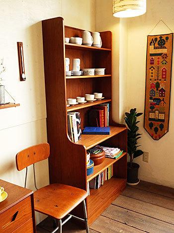 Bookshelf_c0139773_15025364.jpg