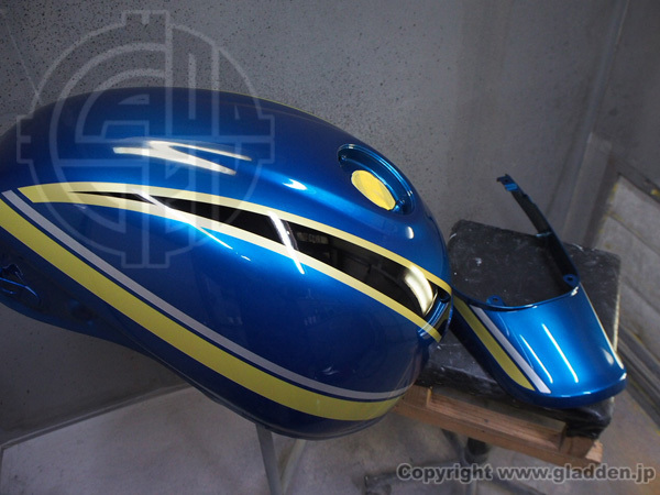 Kawasaki Z900RS カスタムペイント_f0320808_19155782.jpg
