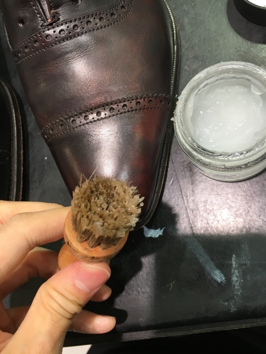 そうだ靴を磨こう_b0226322_09595388.jpg