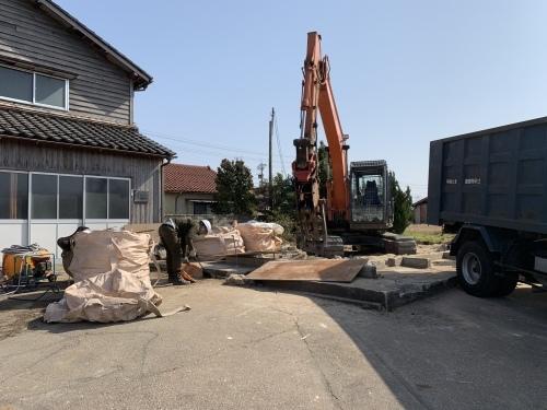 解体工事@かほく市_b0112351_16373524.jpeg