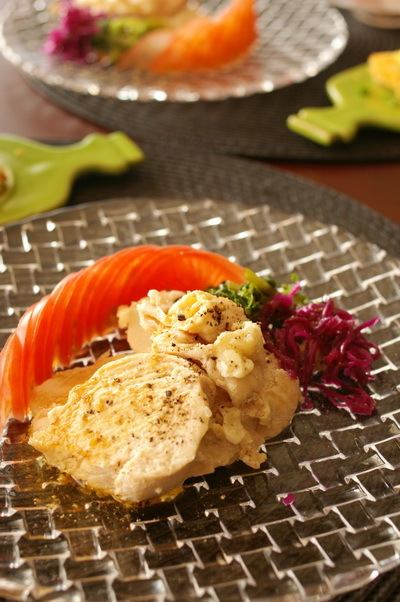 今日の夕食:しっとり茹で鶏_d0327373_18245132.jpg