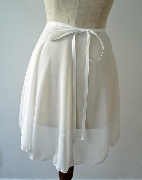 ***New***白い小花のラップスカート_b0195783_10023079.jpg