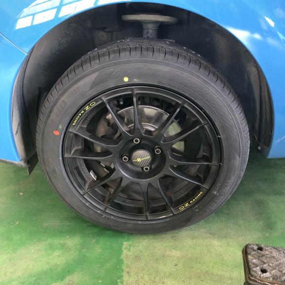 ルーテシア4/ 16インチ車 タイヤ交換_f0032891_20125626.jpg